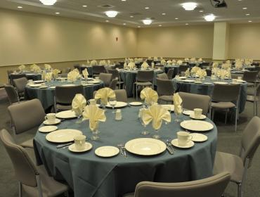 Banquet style setting